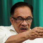 Kalau enggan buka Parlimen, Muhyiddin lebih baik undur – Anwar